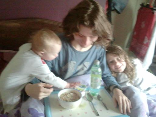 Alaric sharing his fathers day breakfast with the girls