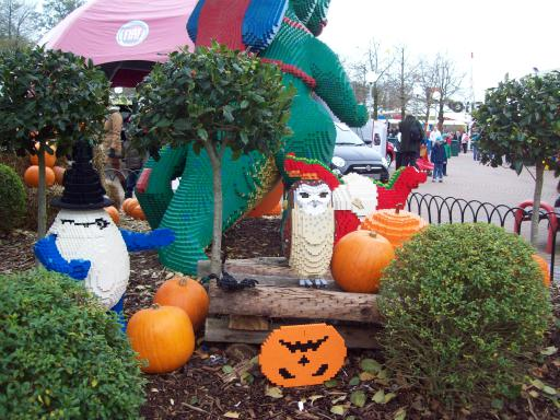 Pumpkins and Owls and all made of lego