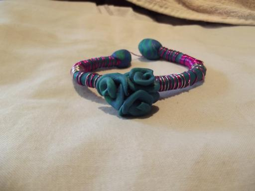 sugru flower bracelet