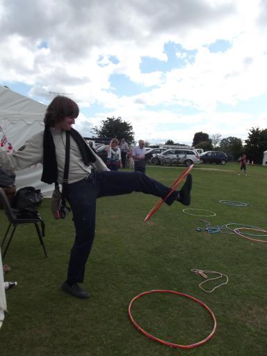 Alaric foot hula