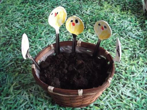 Easter Spoon pot decorations