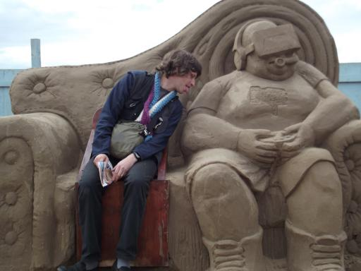 Alaric! Don't like the sand sculptures!