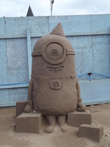 Minion in Sand