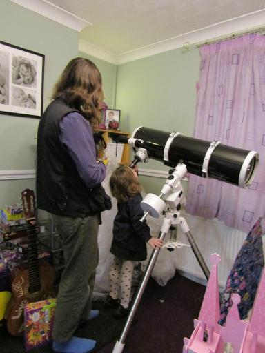 Mary meets Celestia the Telescope