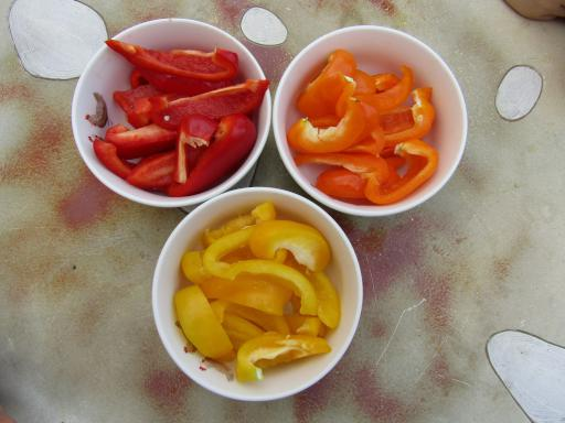 Tricoloured peppers