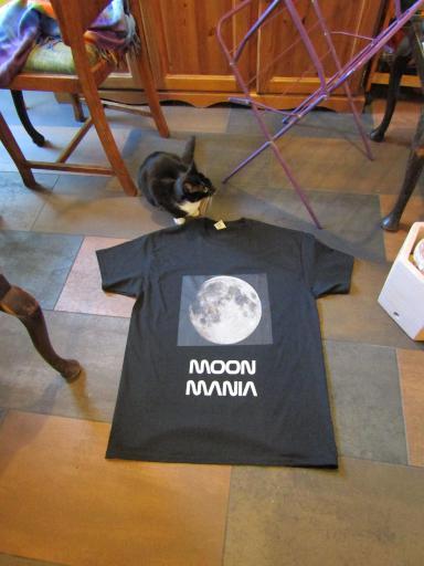 Moon Mania t-shirt